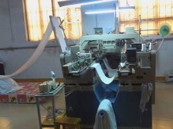 Automatic towel horizontal sewing machine